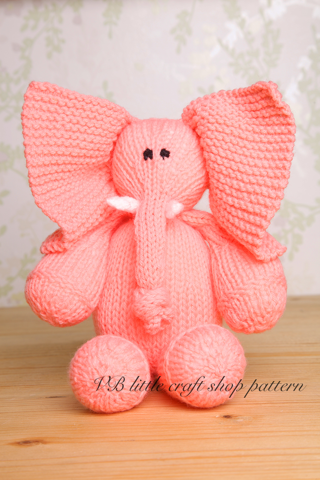 Knitting Patterns For Toy Balls : Elephant Soft Toy Knitting Pattern. One Ball Knit! on Luulla